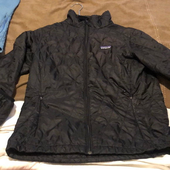 Patagonia Jackets & Blazers - Patagonia light weight quilted puff jacket
